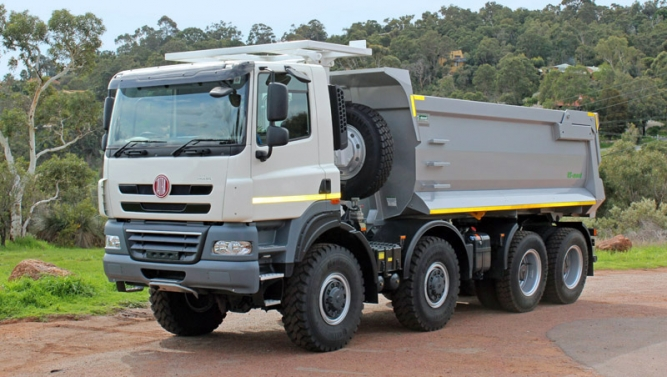tatra t158 8p5r46 231 tipper 8 8x8 ONE WAY TIPPER